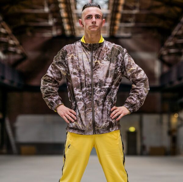 Dubblesided australian jacket worn by Elmo for official 100% hardcore webshop