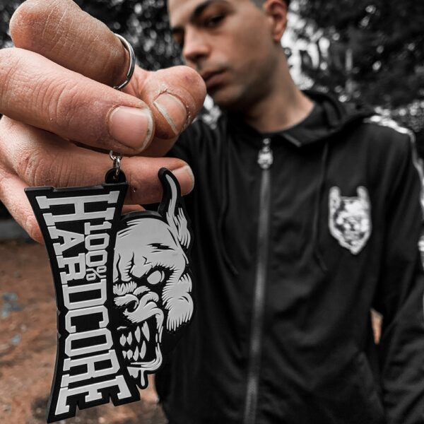 100% Hardcore gabber keychain with pit bull head official webshop by DJ Nekrosystem