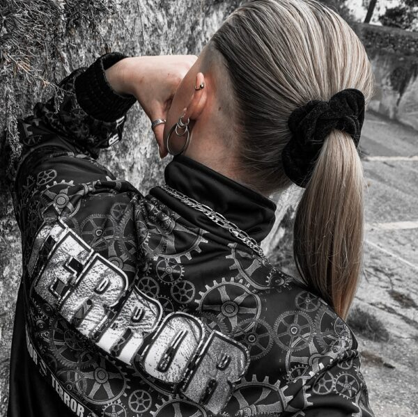 Muisz wearing the new Terror training jacket collection by 100% Hardcore webshop